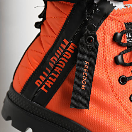 Palladium - Boots Pampa Unlocked 77239 Firecracker