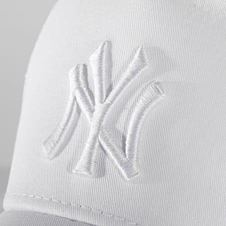 New Era - Casquette Trucker Adjustable 60192667 New York Yankees Blanc
